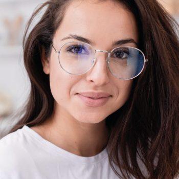 Armação de óculos redondos: 5 dicas para não errar na escolha dos seus