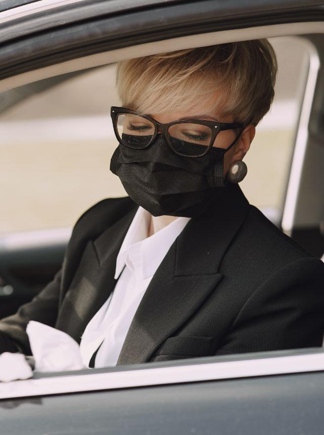 Como usar óculos com máscara sem embaçar a lente?
