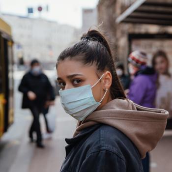 Como proteger os olhos para evitar a infecção pelo novo coronavírus?