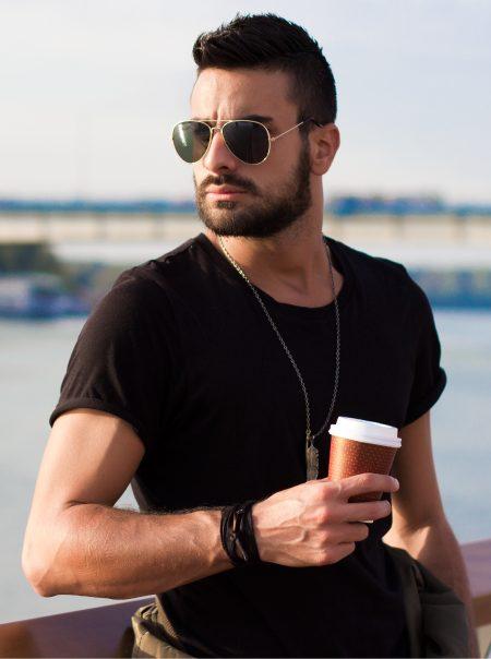 Quais as melhores marcas de óculos escuros masculinos e suas faixas de preço?